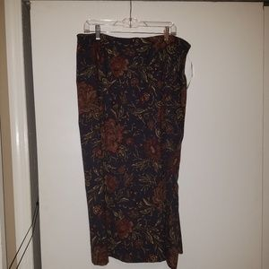 Studio Works Sz 18W Suede Feel Skirt NWT